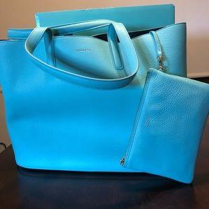 Tiffany&Co Tiff Blue Leather Tote Bag/ Wristlet